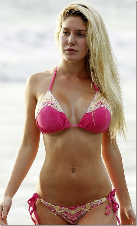 Great bikini body at costa rica i wonder what s that on her nose